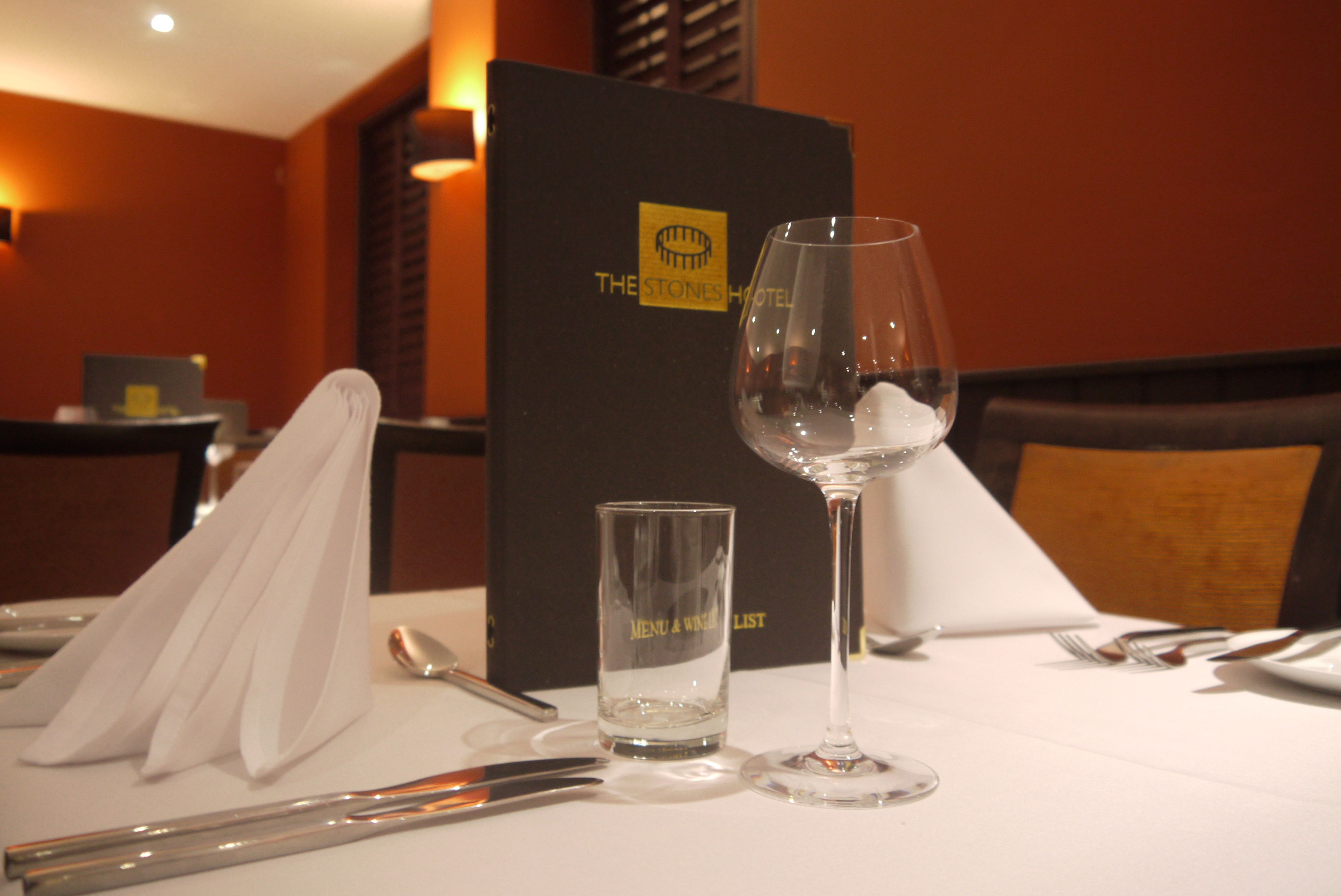 Restaurants in Salisbury - The Stones Hotel